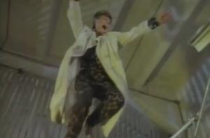 Bowie/Brits dance tribute (VIDEO)